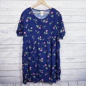 Plus size vintage floral dress!